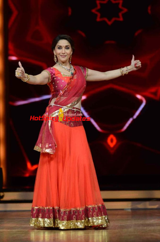 Madhuri dixit nene latest spicy hot pics