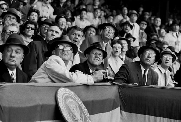 президент Джон Кеннеди и вице президент Линдон Джонсон