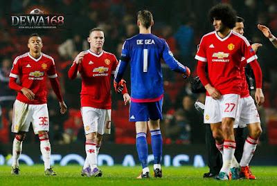 Misi Van Gaal Untuk United Di Dewa
