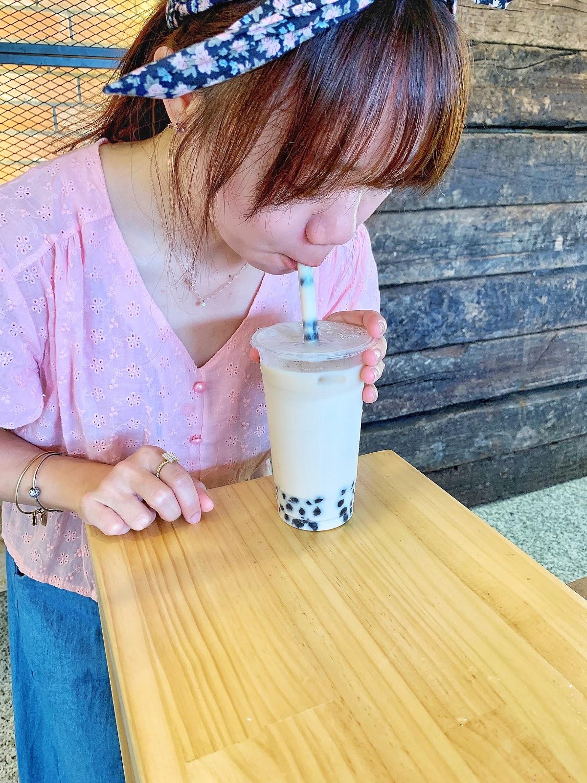 大力吸允專治口渴的波霸奶茶