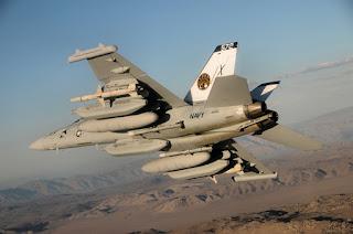 EA-18G Growler - Pesawat Tempur Elektronik