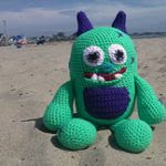 http://www.ravelry.com/patterns/library/cruz-the-beach-monster