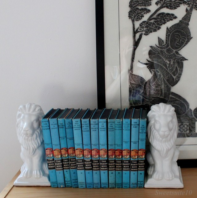 Hardy boys books between bookends