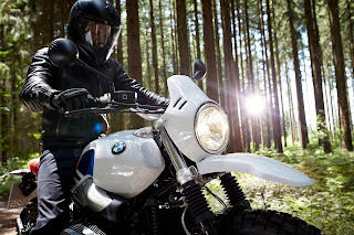 BMW-NineT-Urban-GS-foco