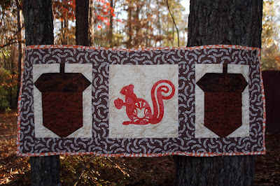Fall squirrel quilt