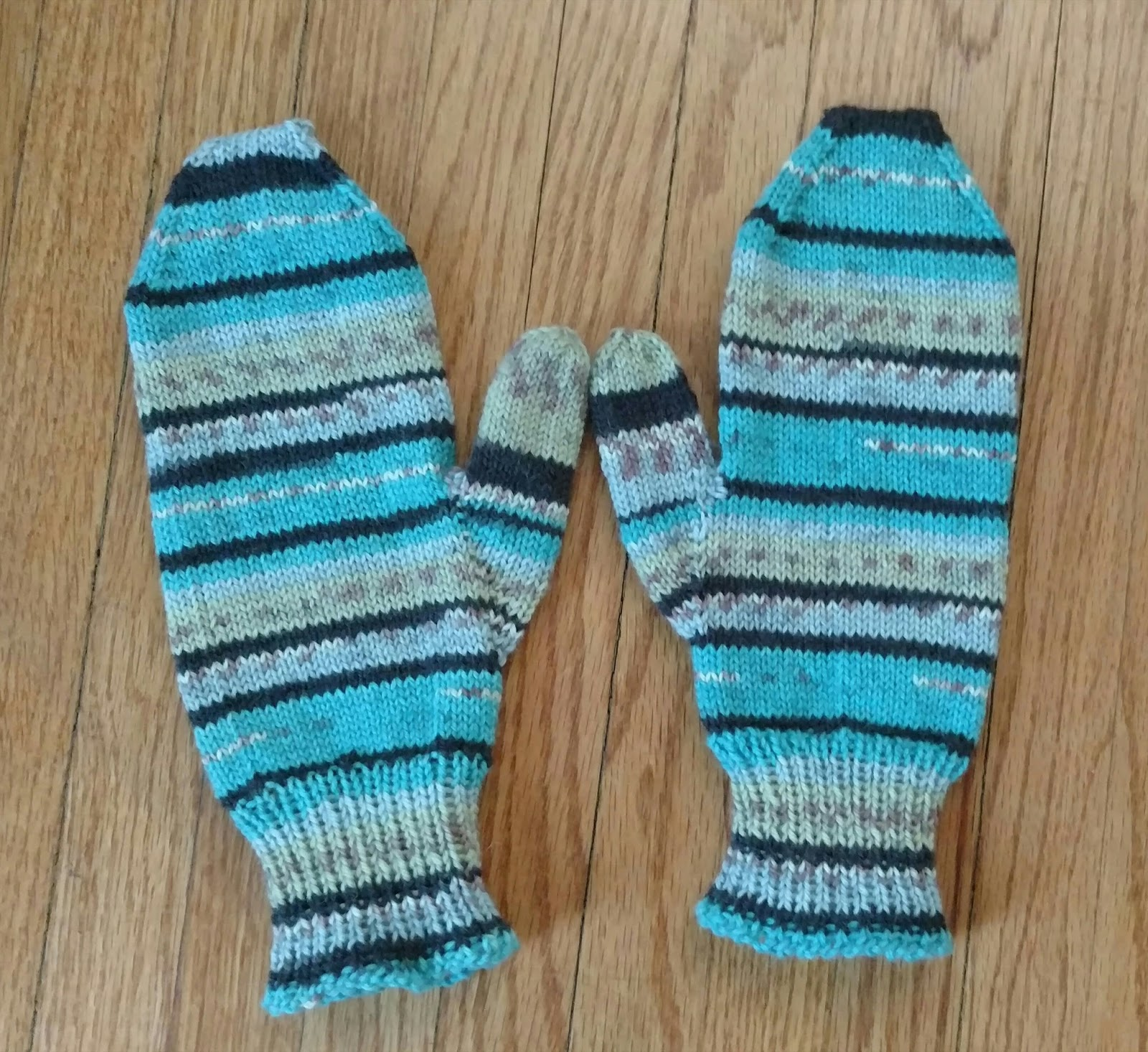 Knitting Pattern For Basic Socks : Knitting II: Basic 4 Needle Mitten