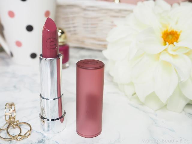 Essence Mat Mat Mat Lipstick 03 Wow Effect Matejas Beauty Blog