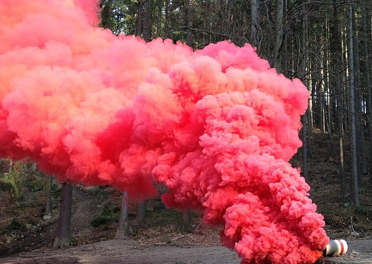 Tech Source Network : How to do Colorful Smoke Bombs