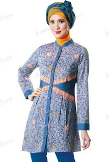 Baju Batik Wanita Muslimah