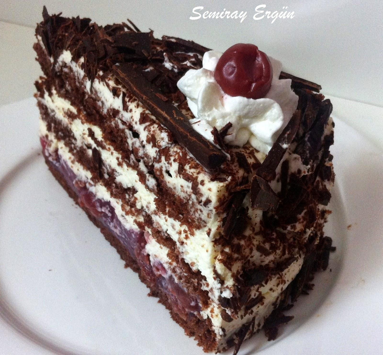 Evde pratik kara orman pastası nasıl yapılır
