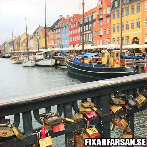 Nyhavn-Hänglås-Räcke