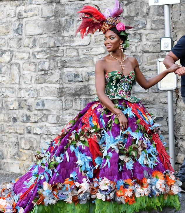 Welcome To Ladun Liadi's Blog: Naomi Campbell Wows In