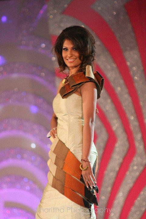 Miss Sri Lanka 2011 - Uddima Oshadi | Actress and Girls