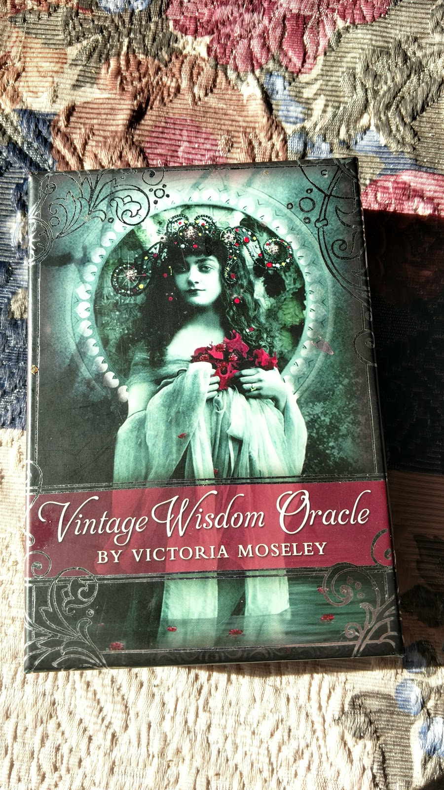 Vintage Wisdom Oracle Bonnie Cehovet: Victorian Vintage Musings: Discovering Your Inner Wisdom