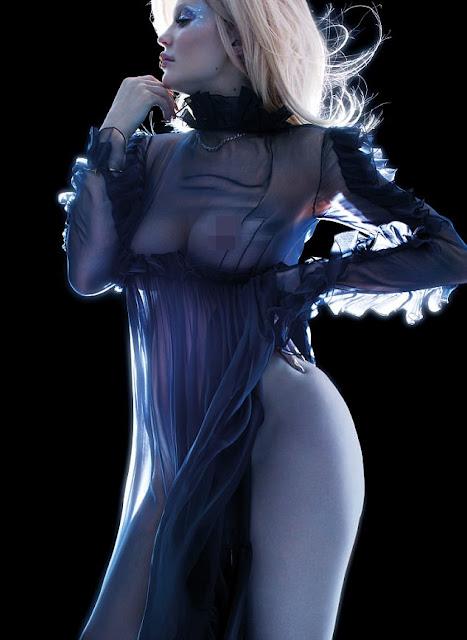 Kylie Jenner hace su primer desnudo. Tiene los pezones más hermosos del mundo. 4
