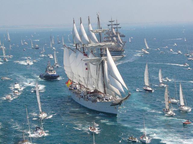 El buque escuela de la Armada cruza el océano Atlántico íntegramente a vela