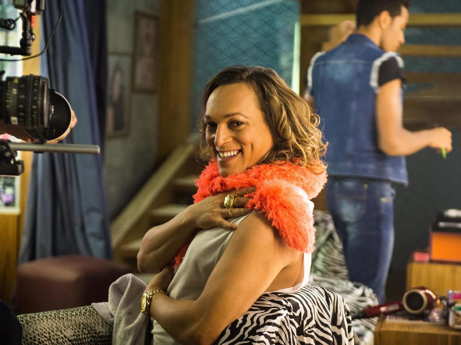 'Ser confundido com gay me engrandece', diz Fábio Lago ao ser chamado de gay nas ruas