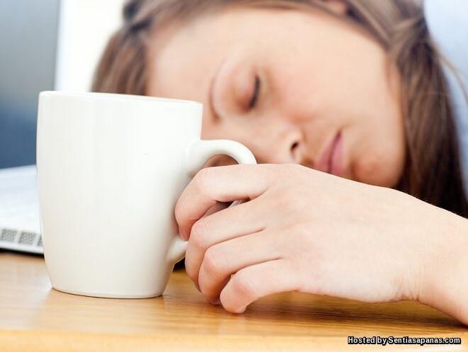 Punca Mengantuk Selepas Makan Kerana Itu Tidak Normal!