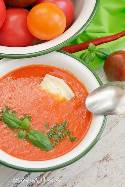 krem ze świeżych pomidorów, zupa z serem pleśniowym, błyskawiczna zupa, daylicooking, Małgorzata Kijowska