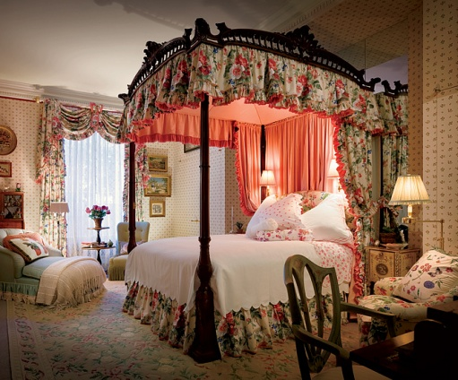 Hydrangea Hill Cottage: English Country