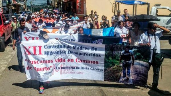 Madres de desaparecidos inician caravana de búsqueda en México