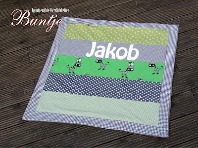 Krabbeldecke Kuscheldecke Decke Baby Name personalisiert Geburt Geschenk Taufe Pate Oma Opa Tante Junge Jakob grün grau Zebra Afrika Dschungel Sterne Baumwolle Fleece nähen handmande Buntje