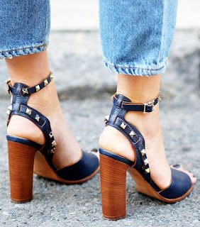 sepatu sandal Chunky Heels