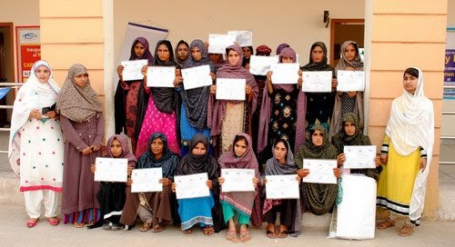 Pakistani women get certificates after Kimse Yok Mu vocational training