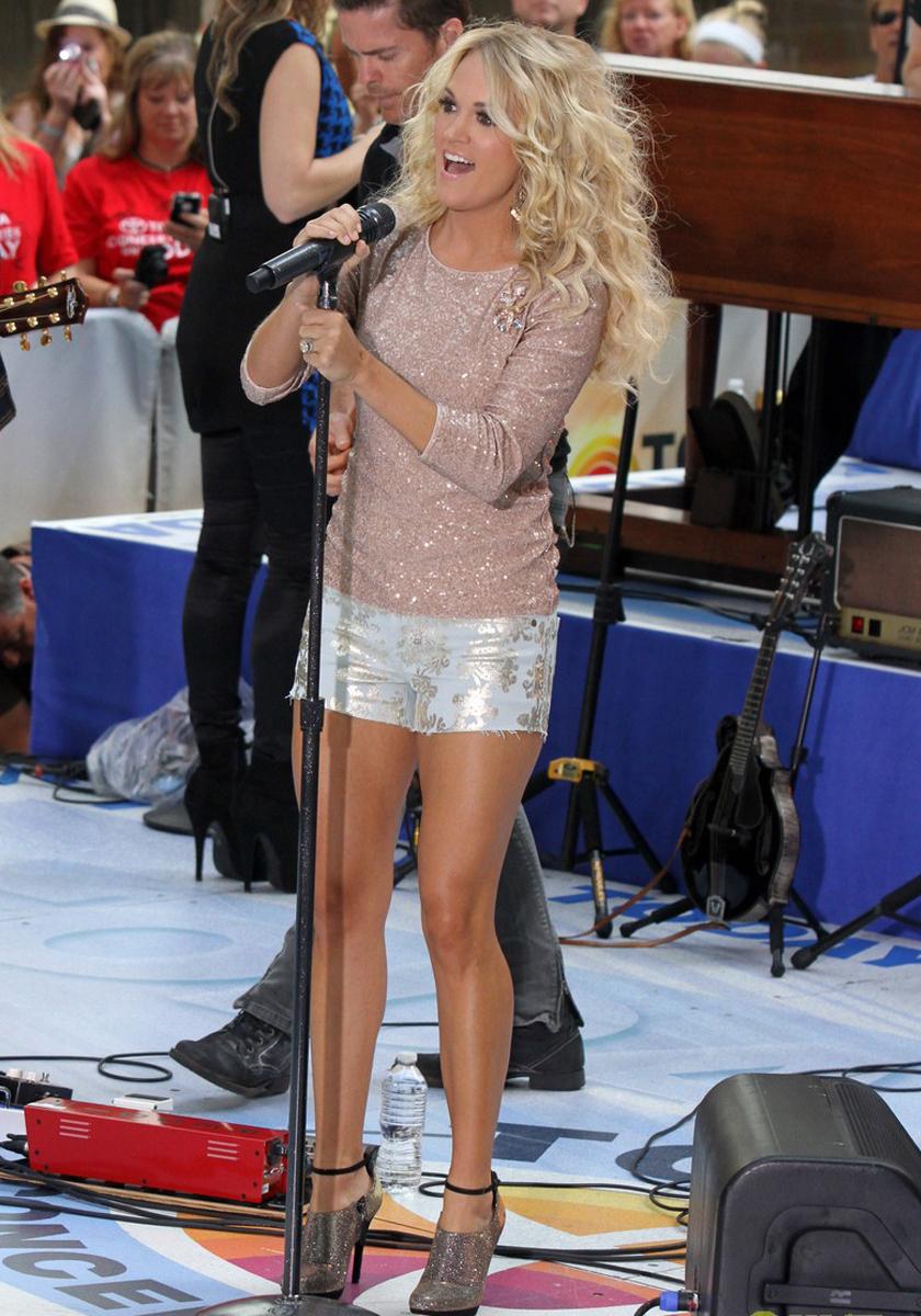 Carrie Underwood Carrie Underwood Legs
