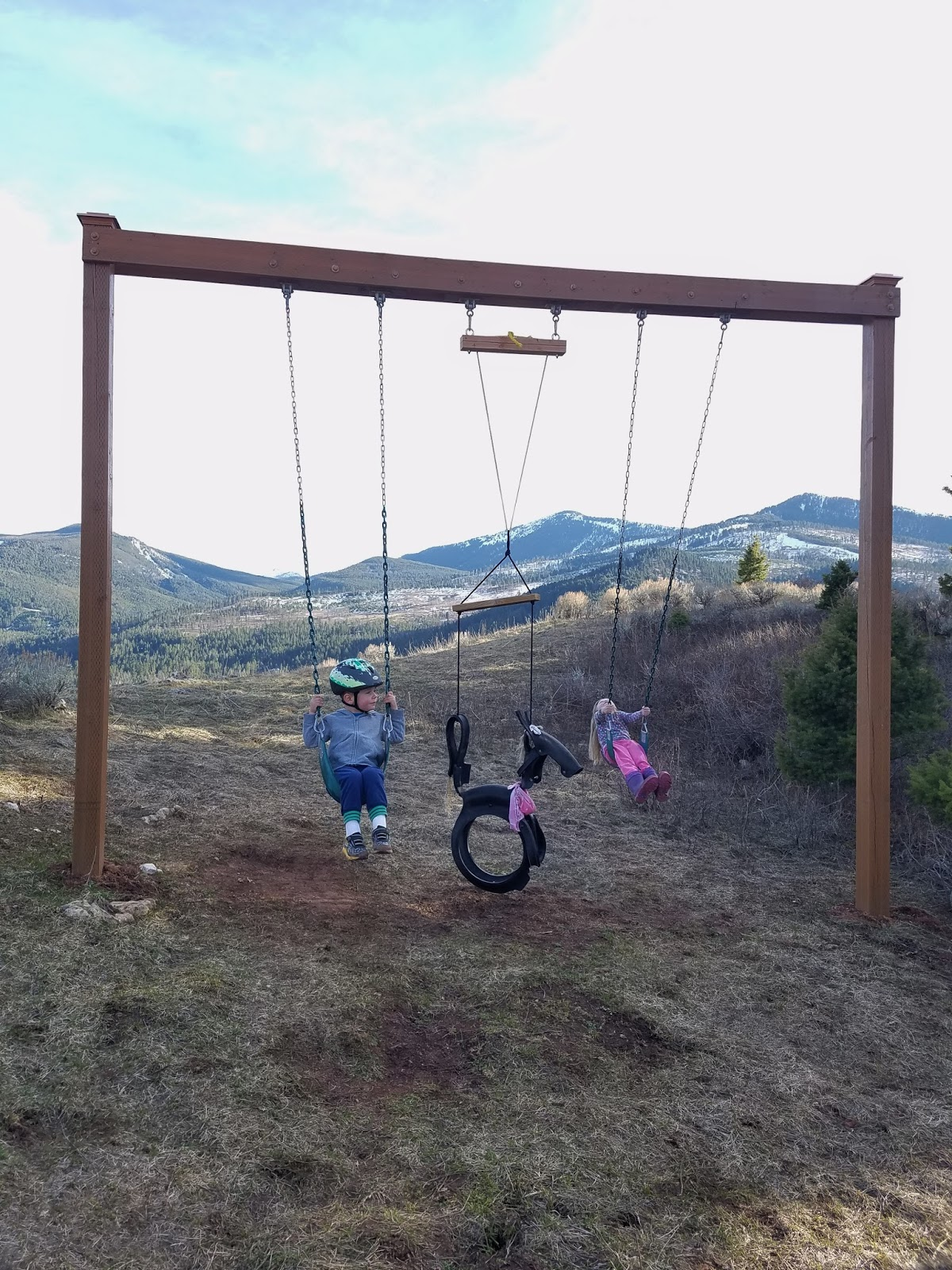 Howdy ya dewit homemade backyard swings for Diy adult swing set