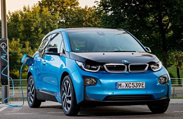 2018 BMW i3 Specs, Rumors, Range, Performance Review