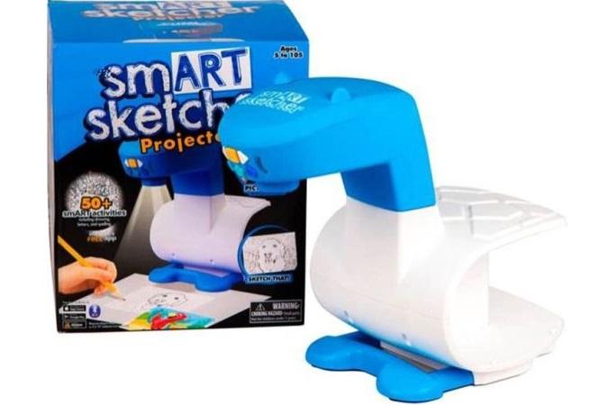 Mejor juguete 2018 - Proyector Smartsketcher de Famosa