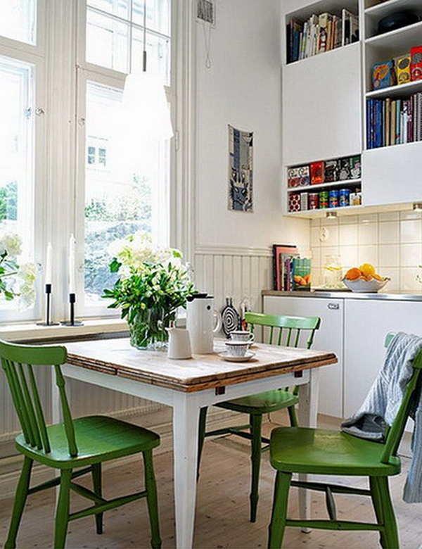 Kitchens With Dining Area Layouts In Small Spaces 2