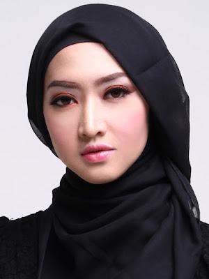 Warna Jilbab yang Cocok untuk Kulit Sawo Matang