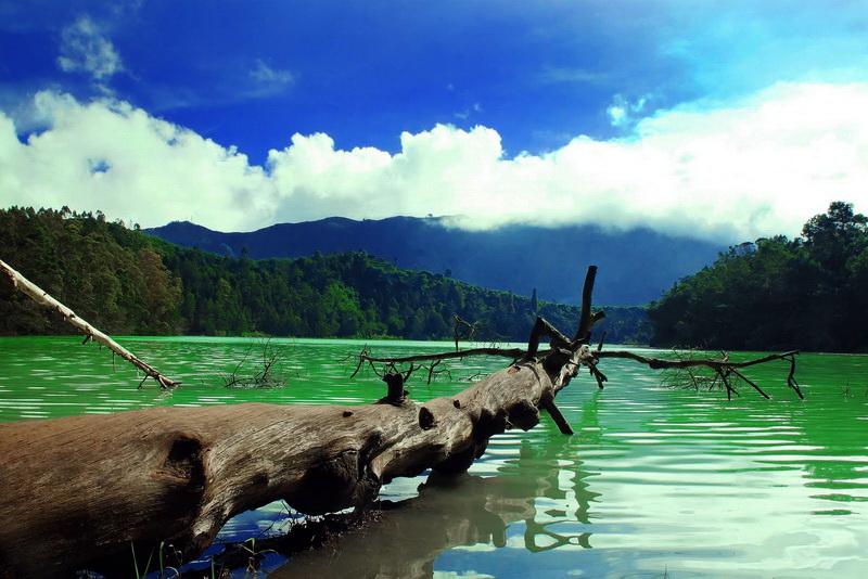 Telaga Warna Bogor