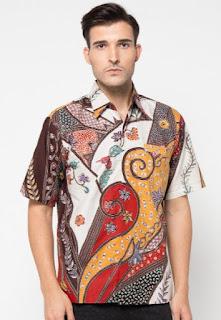 Model baju batik terbaru untuk pria lengan pendek