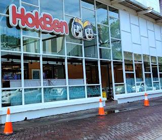 Pintu depan HokBen di Lippo Mall Karawaci