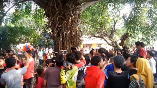 Penampakan Makhluk Halus – Masyarakat Cirebon Geger Karena Sosok Kuntilanak Terekam Ponsel Warga