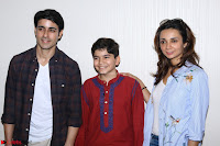 Gautam Rode with Lra Dubey and child artist Krish Dewan  (4).JPG