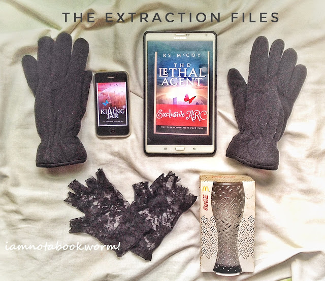 The Extraction Files (Book 1 and 2) by R.S. McCoy Book Review