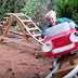 [Video] 2 Tahun Atuk Ni Habiskan Masa Bina Roller Coaster Untuk Cucu