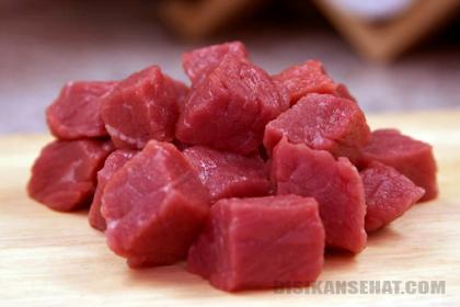 35 Daftar Makanan Penambah Darah