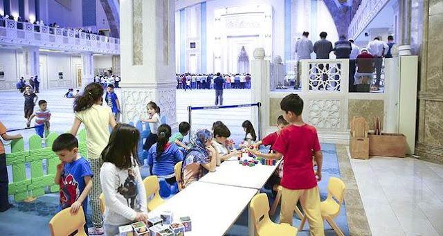 Ini Cara Turki Dekatkan Anak Pada Masjid