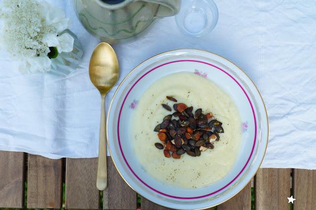 velouté pâtisson amande vegan soupe vaisselle ancienne