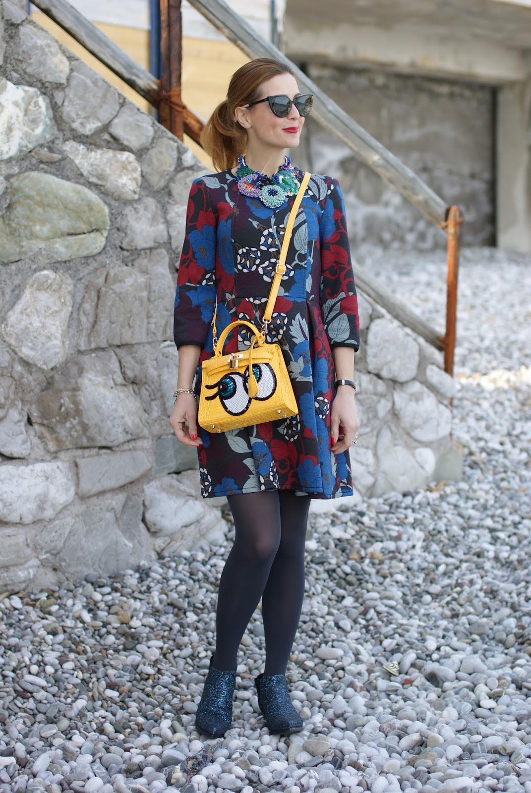 Fleece dress, abito in felpa, PLAYNOMORE SHYGIRL bag in yellow buttercup on Fashion and Cookies fashion blog, fashion blogger style