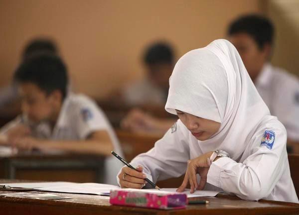 95.583 Siswa Tingkat SMP Aceh Ikuti Ujian Nasional