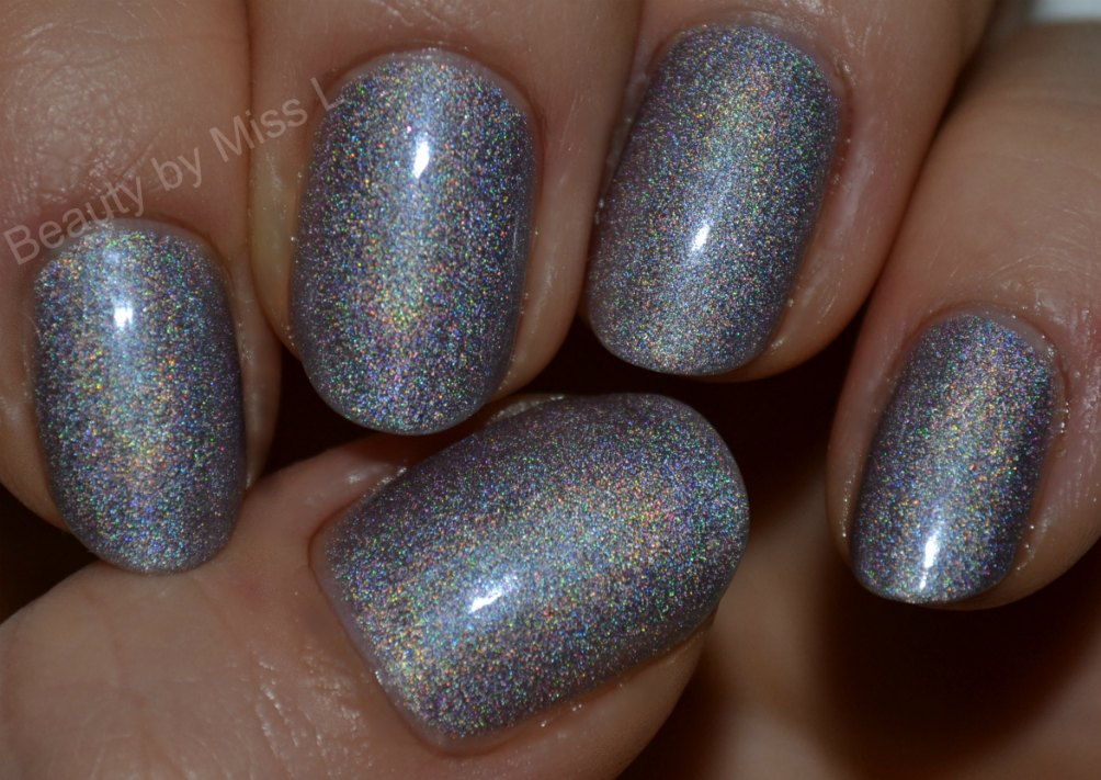 holographic nail polish, holograafiline küünelakk