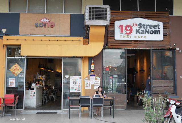 SOI 19 Thai Restaurant (19th Street Kanom) Review @ Kuchai Lama, Kuala Lumpur