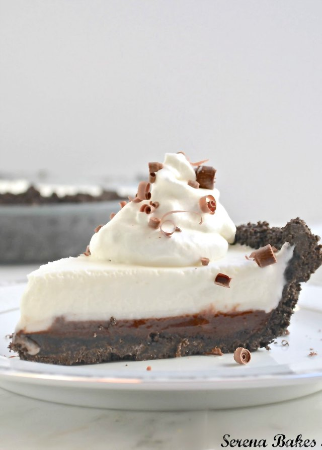 Grasshopper Pie with a layer of mint fudge and oreo cookie crust recipe is perfect for the Thanksgiving and Christmas dessert table from Serena Bakes Simply From Scratch.