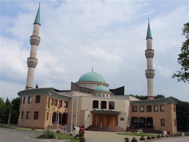 تدابير أمنية إضافية ستتخذها الجوامع في هولندا خلال شهر رمضان المبارك